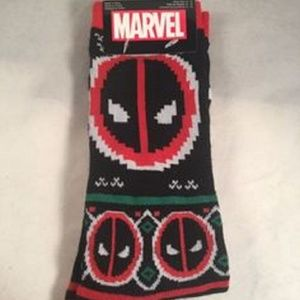MARVEL DEADPOOL MEN'S CREW SOCKS
